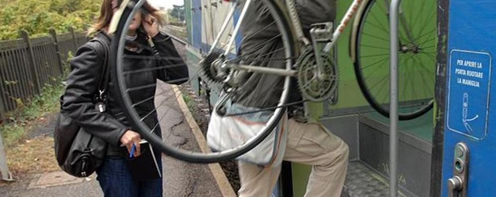 Prendi il treno e la Regione ti paga la bici Il modello Toscana da esportare? Vota