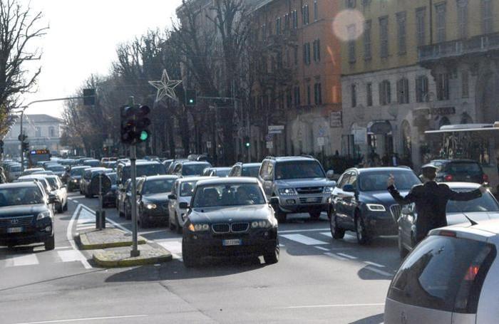 Traffico in tilt nel centro città