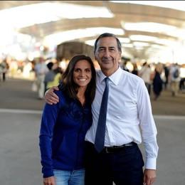 La tennista Roberta Vinci con il commissario Giuseppe Sala