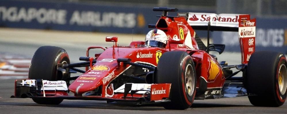 Vettel in pole position a Singapore La Ferrari torna davanti dopo tre anni