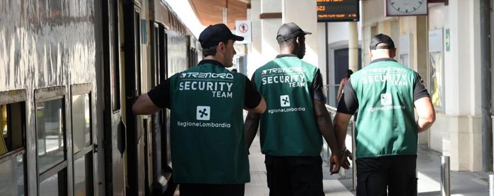 Bergamasca, 12 vigilantes in azione Sui treni e in stazione. C'è chi li contesta