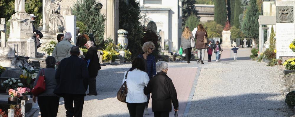 Funerali calmierati a Bergamo Comune, accordo con 5 aziende