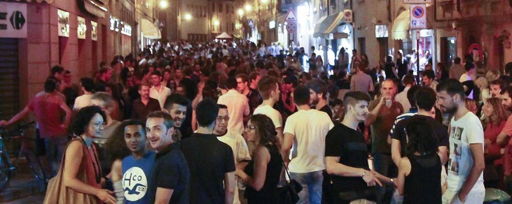 Movida e chiusure anticipate in S.Caterina Il Tar conferma: l'ordinanza resta in vigore
