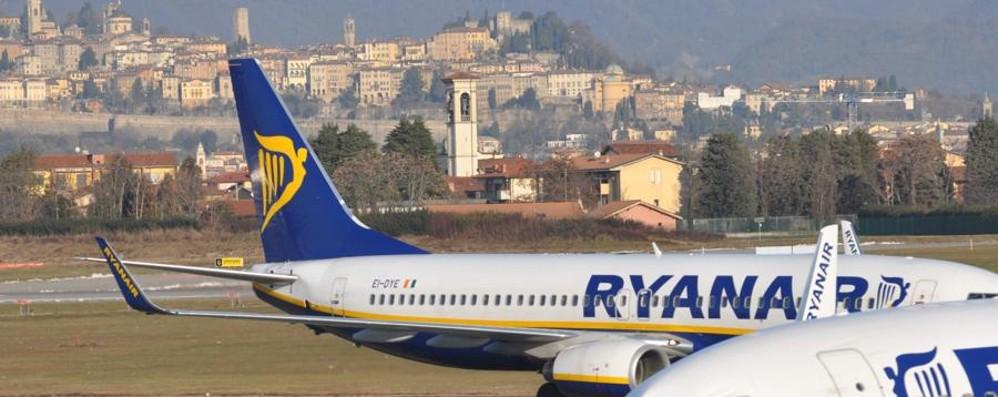 Ryanair prende casa ad Orio Via all'hangar per le riparazioni