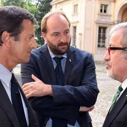 Maroni a Bergamo: «Pronto a esplorare  una grande alleanza per l'autonomia»