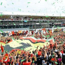 «Monza, Gran premio salvo al 99,9%» Hamilton in pole, davanti alle 2 Ferrari