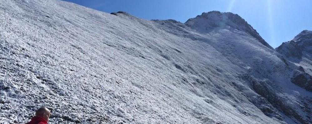 Ecco la prima neve sulle Orobie Una spruzzata sopra i 2.500 metri