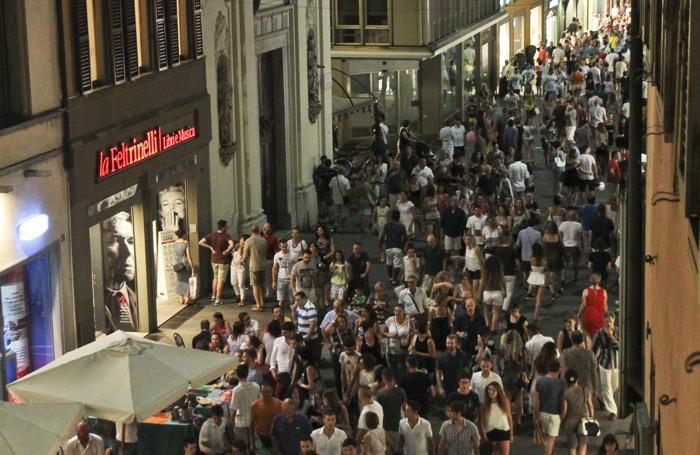 Migliaia di persone in centro per Bergamo Balla: in questo caso eravamo a inizio luglio