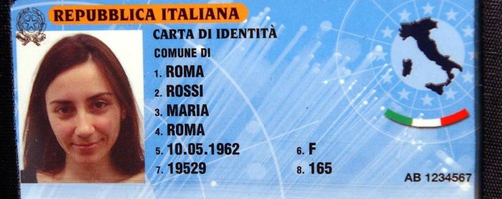 Ecco la carta d'identità elettronica - Foto Impronte digitali e donazione organi