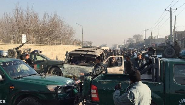 Esplosione Kabul in ristorante francese