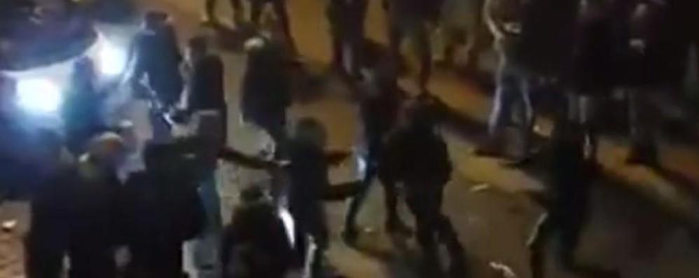 Una rissa a Branzi a Capodanno Nessun ferito, ma il video fa il giro del web