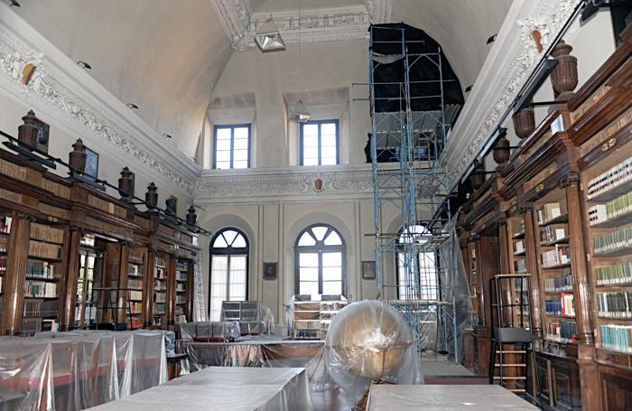Una fase dei lavori della biblioteca Mai