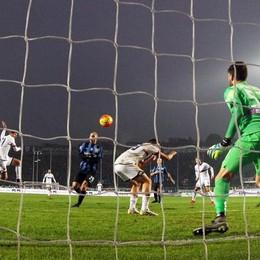 Il gol di Dzemaili al 34' st