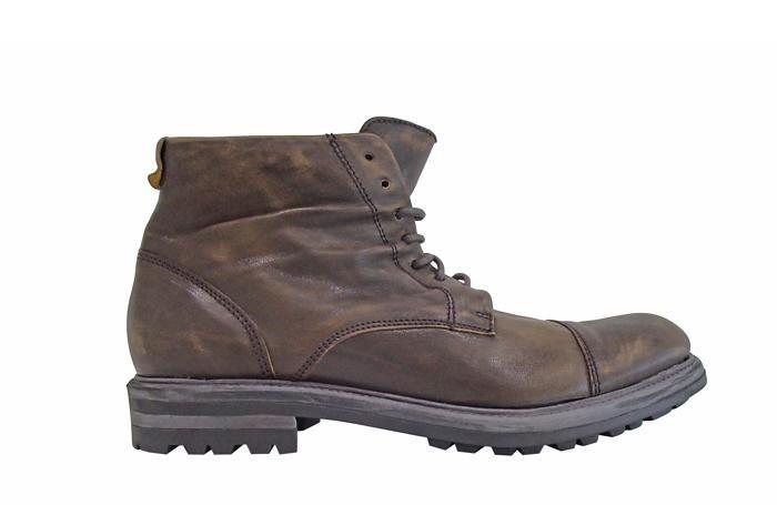 Una calzatura Minoronzoni 1953