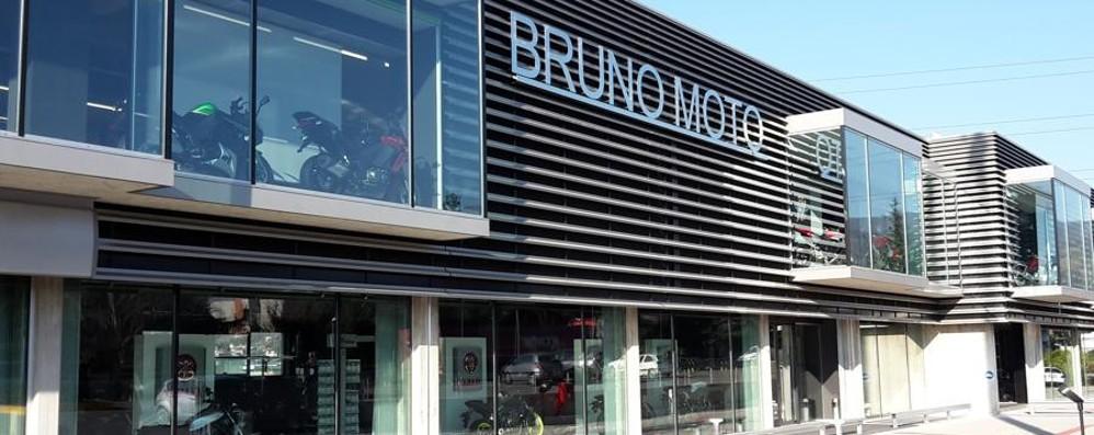 Nuovo showroom per «Bruno Moto» E Almè rifà il campo in sintetico