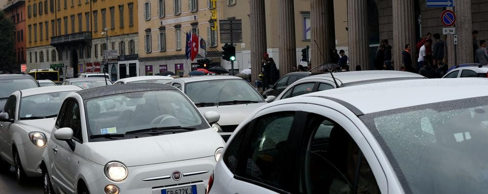 Un bando tra un mese da Palafrizzoni Anche a Bergamo il car sharing