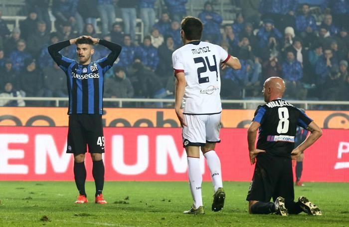 Monachello si dispera nel finale per una palla-gol fallita