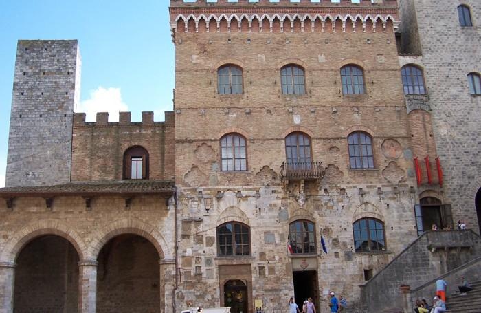 Uno scorcio di San Gimignano, sul terzo gradino del podio