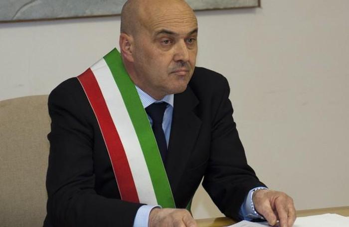 Il sindaco Maurizio Esti