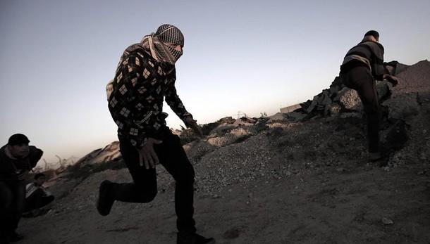 Scontri confine Gaza, palestinese ucciso