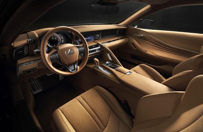 Gli interni della Lexus Lc 500