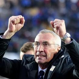 Mister Reja felice alla fine della partita