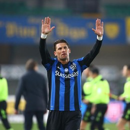 Sale la tensione tra Atalanta e Stendardo Il difensore salta il match  contro l'Inter