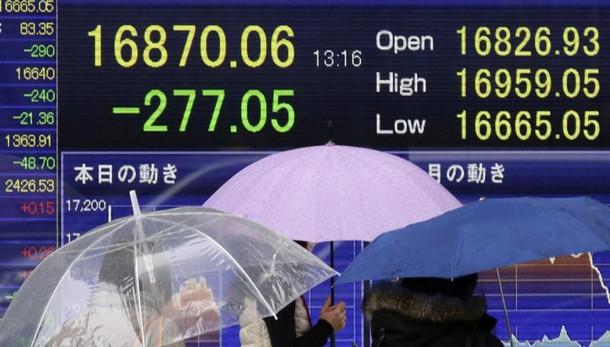 Borsa: Tokyo chiude in calo, -1,12%