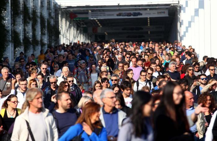 Code di Visitatori all'ingresso di Expo 2015