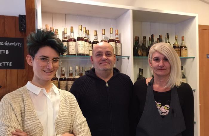 Da sinistra, Elena, Massimo, Paola