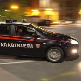 Anziano di 91 anni  al freddo sul balcone Salvato dai carabinieri, arrestato il figlio