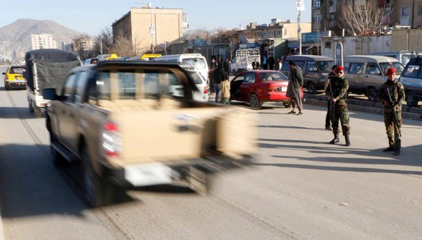 Bomba vicino amb. russa Kabul, 4 morti