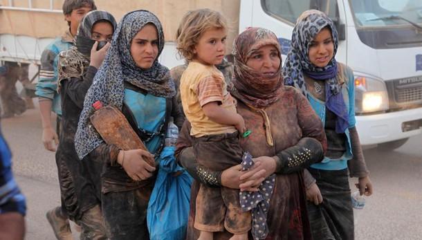 Isis rilascia 270 ostaggi di Deyr az Zor