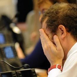 Paura d'investire: l'ora della liquidità «Titoli a rischio, si torna al mattone»