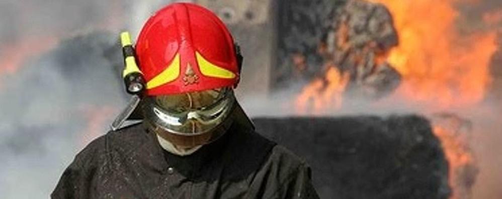Dovevano pagarsi la visita medica Pompieri volontari, cancellata la «tassa»