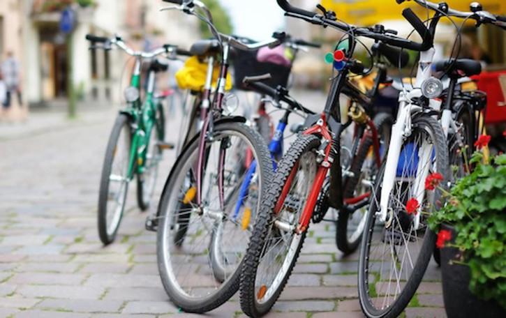 Furti di bici, idea dalla Svizzera Antifurto con chip per localizzarle
