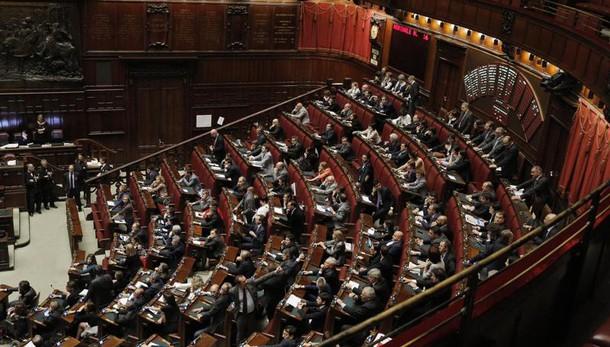 Unioni civili: Renzi, legge irrinviabile