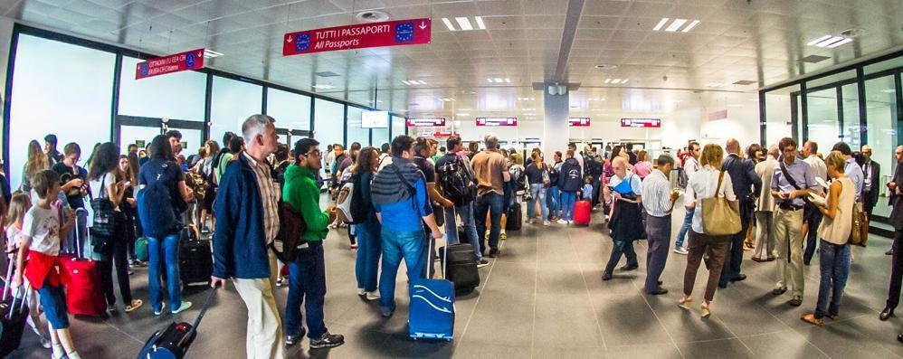 Aeroporto, 100 mila voli entro il 2030 «Crescita passeggeri, ma impatto soft»