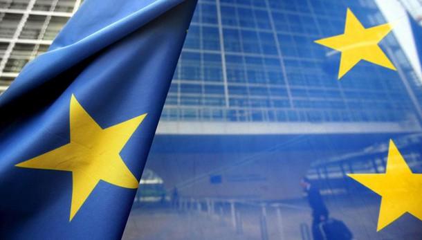 Ue,rischi debito Italia in medio periodo