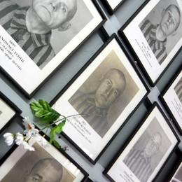 Gli ebrei sotto scacco e la memoria di Auschwitz
