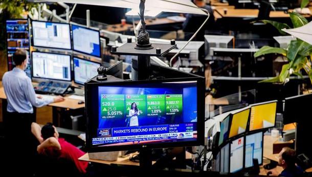 Borsa:Londra in rialzo, Milano -1,2%