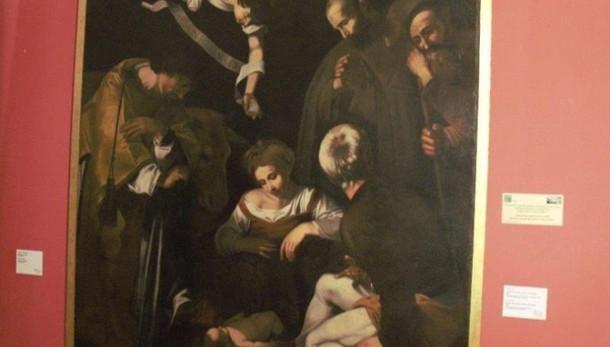 Restaurata copia Natività di Caravaggio