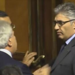 Scintille a Palazzo Madama - Video Verdini insulta il bergamasco Consiglio