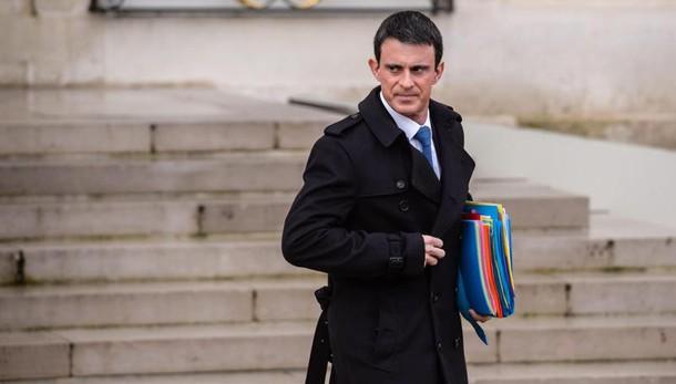 Valls, cosa combina Italia con statue?