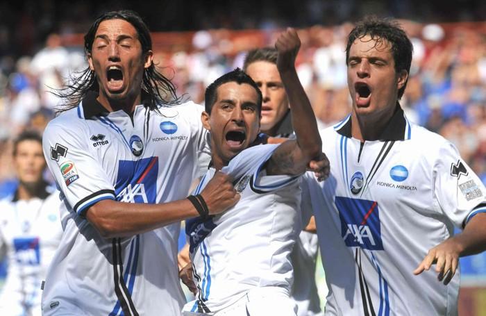 Moralez in gol subito all'esordio contro il Genoa nel 2011
