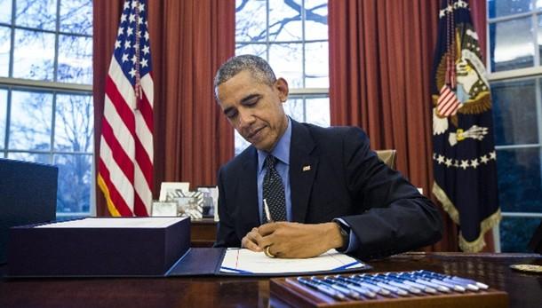 Obama valuta storico viaggio a Cuba