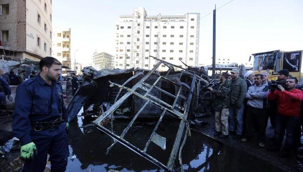 Attentato Isis Damasco, almeno 60 morti