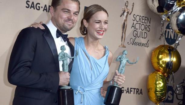 Attori premiano DiCaprio e Spotlight
