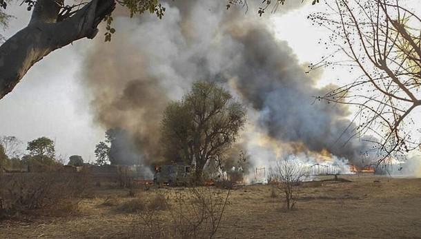 Nigeria: Boko Haram brucia vivi bambini