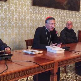 Mons. Moraglia, udienza   con un gruppo di pellegrini bergamaschi